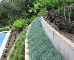 Landscaping Ideas For A Sloped Backyard by Steep Sloped Backyard Landscaping Amazing Sloped Backyard