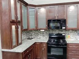 Kitchen Wall Colors With Maple Cabinets Stunning Maple Shaker Kitchen Cabinets With Brown Color Wooden