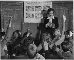 Photography Teacher Catherine M Rooney 6th Grade Teacher Instructs Her Alert U2026 Flickr