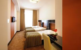 Twin Bedroom Hotel Superior Double Rooms With Extra Bed Hotel Grand Majestic Plaza