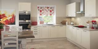 loving your l shaped kitchen