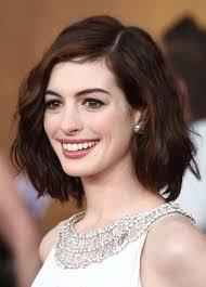anne hathaway long bob haircut hair and nails pinterest