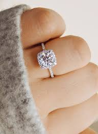 timeless wedding rings 25 gorgeous engagement rings to get inspired weddingomania