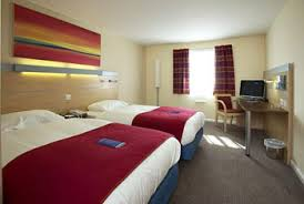 Cardiff Airport Hotel Family Rooms Giving You Peace Of Mind - Holiday inn family room