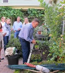 the woven garden organic gardening classes in los angeles