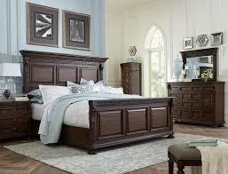 Wood And White Bedroom Furniture Bedroom Fabulous Raise Volume Broyhill Bedroom With Elegant