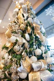 How To Put Christmas Lights On Tree by Lisa Foster Floral Design Tips For Christmas Decorating