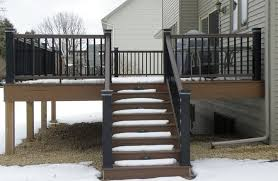 traditional deck with deck stairs by andy lindus zillow digs