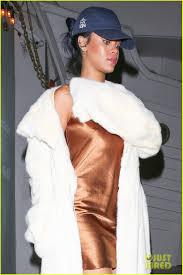 rihanna makes her short gold dress look super glam photo 3507021
