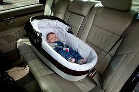 comment attacher un siège auto bébé comment choisir un bon siège auto maman de ouf
