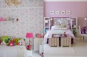 chambre couleur lilas design interieur déco murale chambre enfant peinture papier peint
