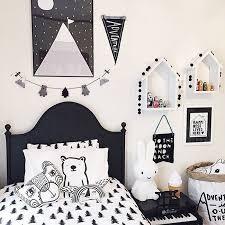 chambre enfant noir et blanc chambre fille noir et blanc simple amnagement chambre garon noir