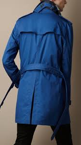burberry cotton twill trench coat in blue for men lyst