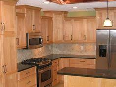 Maple Kitchen Cabinet Kitchens With Honey Maple Cabinets Park Avenue Honey Maple