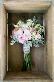 wedding flowers for september 25 ideas for a white grey wedding theme