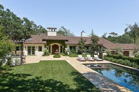 Hacienda House Stephen Curry U0027s Orinda Home Hits Market For 3 9 Million Curbed Sf
