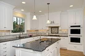 kche mit kochinsel landhausstil l küche mit kochinsel günstige küchen im landhausstil led len