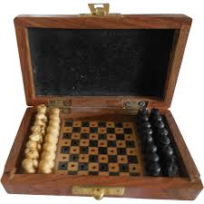 small chess set in wood case for french fashion red tag sale