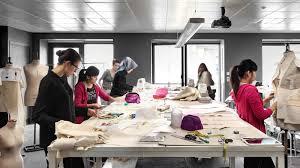Fashion Designer Education Requirements The Of Fashion In Paris Istituto Marangoni