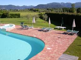 Poolanlagen Im Garten Residence Il Melograno Puegnago Del Garda Garda Lake