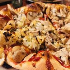 round table pizza pacific grove julia s 323 photos 362 reviews vegetarian 1180 forest ave