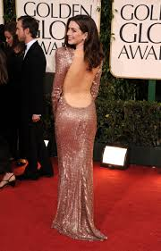 anne hathway tits pictures of anne hathaway at 2011 golden globe awards 2011 01 16