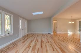 Laminate Flooring In Manchester 119 Maplehurst Avenue Manchester Nh 03104 Manchester Real