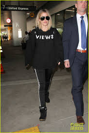 khloe kardashian heads back to la after spending halloween with