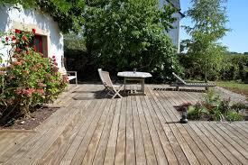 auvent en bois pour terrasse comment nettoyer et entretenir sa terrasse en bois terrasse en