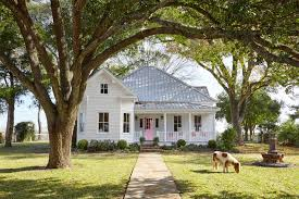 Country House Design Ideas by 40 Best Curb Appeal Ideas Home Exterior Design Tips