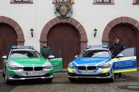 Polizei Bad Kissingen Polizei Hammelburg Hat Eines Der Ersten Blauen Autos