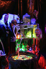 Halloween Fun House Decorations 371 Best Halloween Images On Pinterest Halloween Crafts