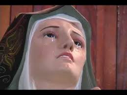 imágenes religiosas que lloran sangre milagro en puebla virgen de los dolores llora youtube
