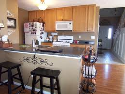 What Color To Paint The Kitchen - kitchen wall color with oak cabinets custom home design