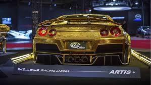 nissan gold 2016 tokyo auto salon crazy gold nissan gt r auto moto japan