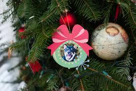 photo frame wreath ornament