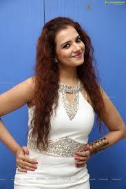 heroine saloni wallpapers saloni aswani posters image 83 beautiful tollywood actress