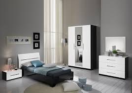 meuble chambre blanc laqué chambre à coucher enfant laqué noir blanc gloria lignes moderne
