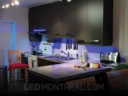 comptoir cuisine montreal éclairage sous armoires dans la cuisine d andré led montréal