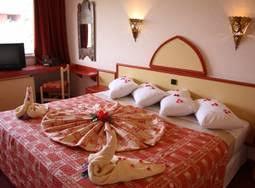 chambre marrakech pas cher hotel maroc voyage or et voyage de rêve