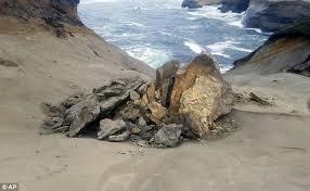 Pedestal In A Sentence Oregon Vandals Knock Over Landmark Pedestal Rock Formation In