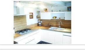 cuisine blanc laqué plan travail bois cuisine blanc laque cuisines cuisine blanc laque et plan de travail