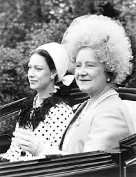 The Queen Mother And Princess Margaret 1940 The Royal Family At