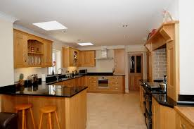 bespoke kitchen furniture oak shaker kitchen st davids mark stone u0027s welsh kitchens