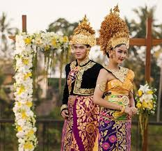 indonesian brides 7 types of female traditional headdresses in indonesia