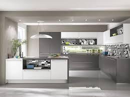 moderne kche mit kochinsel und theke moderne küche mit kochinsel und theke tür on modern moderne kuche