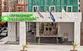 stylish new york city hotel wyndham garden chinatown
