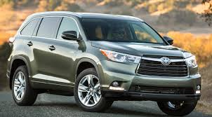reviews toyota highlander 2015 2014 toyota highlander review great midsize suv but limited tech