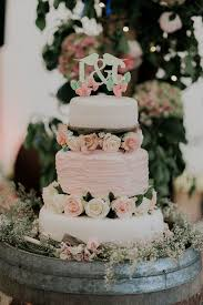 wedding cake disasters images diy wedding cake disasters wedding cake our