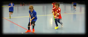 Floor Hockey Pictures by Floorball Vs Hockey Floorball Practices And Drills